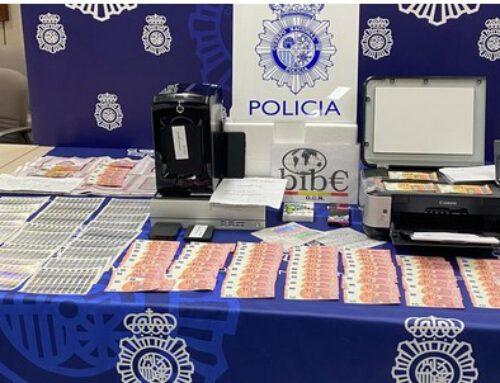 La Policía Nacional detiene en Barcelona a un menor por la fabricación y venta de billetes falsos de 10, 20 y 50 euros a través de Internet